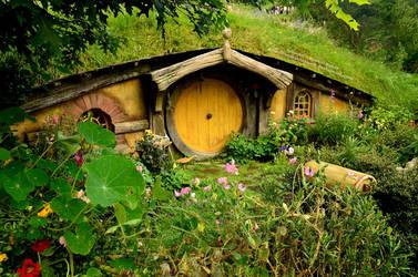 Hidden Hobbit Hole by 8TwilightAngel8