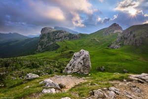 Hikers Paradise by Dave-Derbis