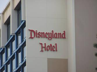 Disneyland Hotel by HyperSpaceOddity