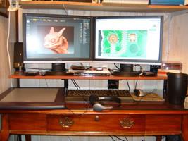 My Desktop by CrimsonGear