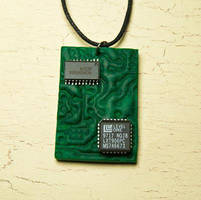 Circuit board necklace by skuggsida