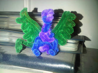 Pipecleaner Dragon by kangarawr