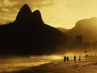 Futebol de Praia II by IsacGoulart