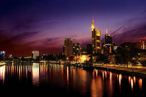 sunset in Frankfurt by densss