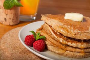 Whole Wheat Pancakes by NourhanB