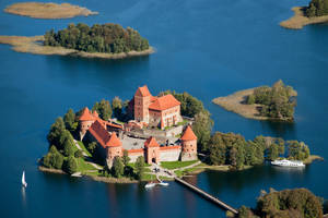 Trakai Castle by Kukanotas