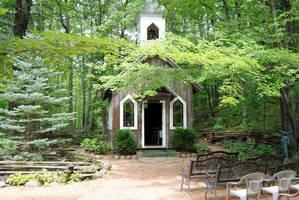 Waupaca: Chapel in the Woods by charliemarlowe