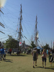2013-08-18 Green Bay Tall Ship Festival by charliemarlowe