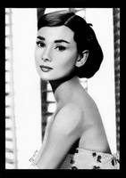 Audrey Hepburn by LilaeaBluecoat