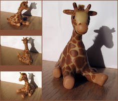 Giraffe by JadedExistence