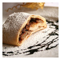 apple strudel by topinka