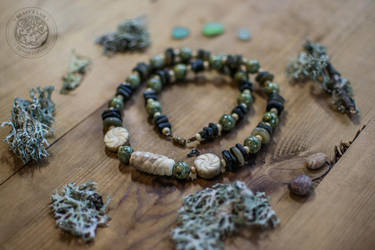 'Ancient forest' beads by erzsebet-beast