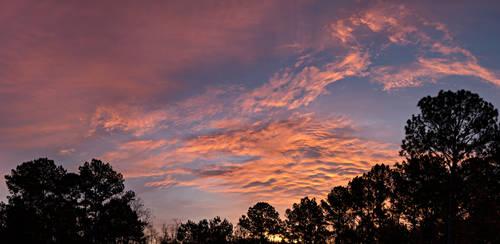 December Sky II by LongingForAutumn
