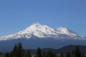 Mount Shasta by A-U-R