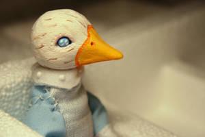 duck with blue eyes by da-bu-di-bu-da