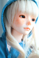 blond by da-bu-di-bu-da
