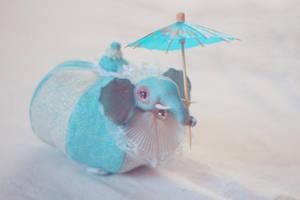 b.e. and umbrella by da-bu-di-bu-da