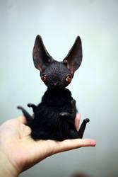 bat creature by da-bu-di-bu-da