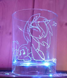 Vinyl Scratch love music glass engraving by BronyCars