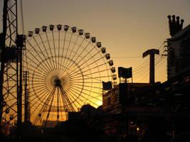 Feria de Abril by xAliceOutWonderland