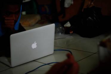 macbook everywhere by baguskpu