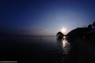Sunset from Kartini Beach by powerlogical