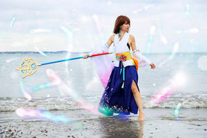 Summoner Yuna Cosplay by CrystalMoonlight1