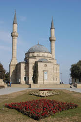 Martyrs Mosque by cavidseyidov