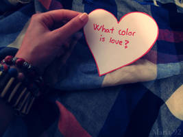 - What color is love? - by Maria-92