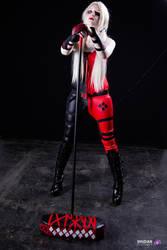 Harley Quinn Personnal Version by hinavonhunter