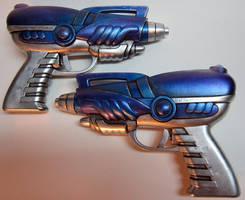 Dual Alien Blaster Pistol Props by firebladecomics