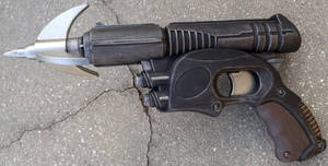 Custom Sandman's Grapple Gun aka Wirepoon by firebladecomics