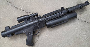 Custom Star Wars style Blaster Rifle by firebladecomics