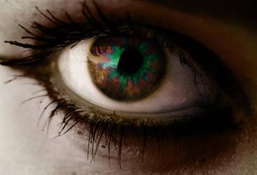 Eye Edit by Vamp-the-bunny