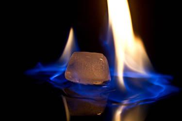 Hot Ice by SandsteinLicht