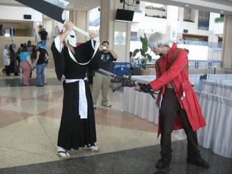 Metrocon 2008- Dante VS Ichigo by DragonAzul