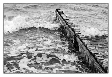 breaking waves by thanks4fish