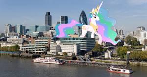 Princess Celestia visits London by TheOtterPony
