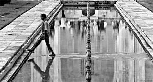 Walking on water by NivaSimon