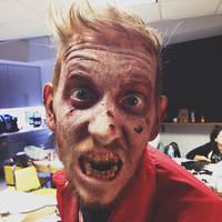 Threadless Zombies by BrainFarmer