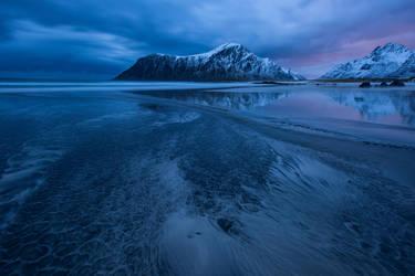 Skagsanden,Lofoten. by gsphoto
