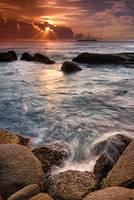 Rocks and sea by MarcioCabral