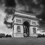 Arc de Triomphe by VaggelisFragiadakis