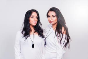 Jenni and Eleni by RasmusLuostarinenArt