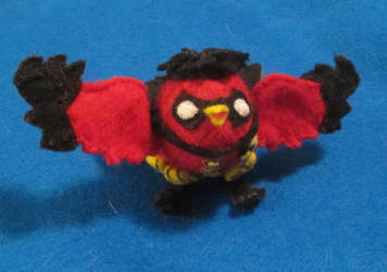 Robin Bird Plushy 1 by HELENDRAGON