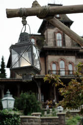 Lantern of the Dead (Phantom Manor) by Corvin0
