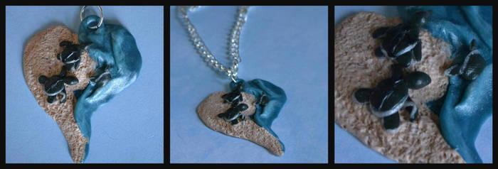 Sea Turtle Pendant by GoldenDaffadowndilly