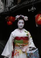 Japan: Maiko I by mogwai-puant