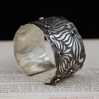 amthyst bracelet by skladsznurowadel