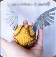 Crochet Snitch (Harry Potter) by cristell15